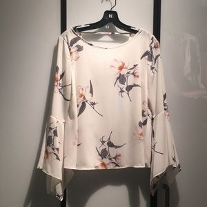 New Ivory floral top